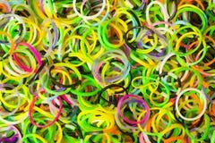 El caucho circunda el fondo, anillos de cauchos para el arte del telar Imagen de archivo libre de regalías