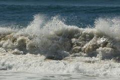 El causar un crash de la onda Fotos de archivo