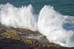 El causar un crash de las ondas Imagen de archivo libre de regalías