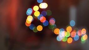 El centellear borroso de las luces de la Navidad, hermoso almacen de metraje de vídeo