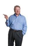 El centro amistoso envejeció al individuo barbudo en camisa azul - en blanco Foto de archivo