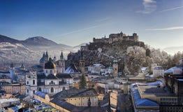 El centro de la ciudad de Salzburg imagen de archivo