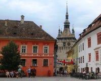 El centro histórico de Sighisoara - una ciudad en el centro de Transilvania imagen de archivo