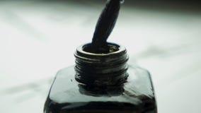 El cepillo y la tinta chinos de escritura Cepillo y tinta Accesorios tradicionales para la escritura caligráfica en chino Foto de archivo