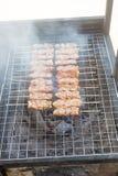 El cerdo asado es delicioso en la comida de la calle fotografía de archivo libre de regalías