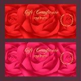 El chèque-cadeaux, vale, cupón, plantilla de la recompensa/del carte cadeaux con subió (el modelo de flores) Sistema de fondo fem Fotos de archivo