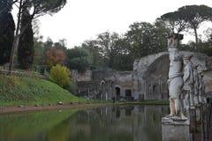 El chalet de Hadrian - el canal de Canopus, Tivoli, Italia Fotos de archivo libres de regalías
