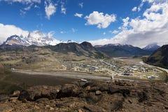 EL Chaltén et les montagnes environnantes en Argentine, Amérique du Sud images libres de droits