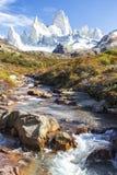 EL Chalten, η μαγική πόλη το φθινόπωρο Η EL Chalten βρίσκεται στην αργεντινή Παταγωνία στοκ φωτογραφία με δικαίωμα ελεύθερης χρήσης