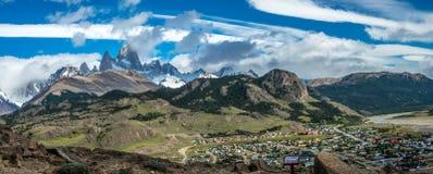 El Chalten wioska z tłem Fitz Roy Zdjęcie Royalty Free