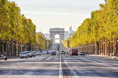 El Champs-Elysees Imágenes de archivo libres de regalías