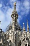 El chapitel central de un Duomo de la catedral, Milano Imágenes de archivo libres de regalías