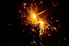 El chispear del fuego en ocasión de Diwali foto de archivo libre de regalías