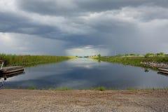 El chocar de las tormentas Foto de archivo libre de regalías