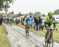 El ciclista Daniele Bennati en un camino Cobbled - Tour de France 2 Imagenes de archivo