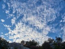 El cielo arriba fotos de archivo
