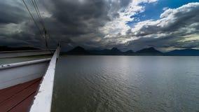 El cielo coudy en la presa del jatiluhur Imagen de archivo libre de regalías