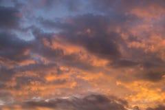 El cielo de oro hermoso Fotografía de archivo libre de regalías