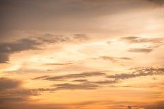 El cielo en puesta del sol Imágenes de archivo libres de regalías