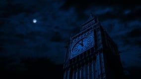 El claro de luna ilumina Big Ben almacen de video
