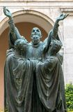 El claustro de la entrada de Monte Cassino Abbey y la muerte del santo Benedict Statue Imágenes de archivo libres de regalías