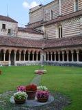 El claustro del San Zeno en Verona en Italia Fotos de archivo