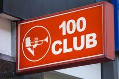 El club 100 en Londres Fotografía de archivo libre de regalías