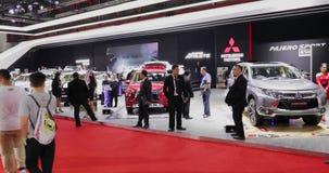 El coche del deporte y de Xpander de Pajero en Mitsubishi se coloca