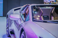 El coche del negocio de Hood Of Modern Sport Or con Matte Silver Met Fotografía de archivo