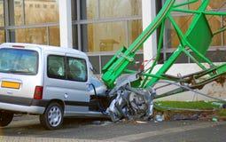 El coche destruyó Fotos de archivo libres de regalías