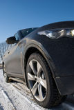 El coche en nieve Fotografía de archivo