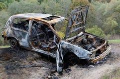 El coche quemado Foto de archivo libre de regalías