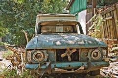 El coche roto viejo Foto de archivo libre de regalías