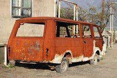 El coche soviético viejo permanece Imágenes de archivo libres de regalías