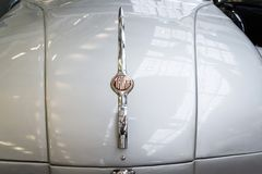 El coche Tatra 77 A a partir del año 1937 se coloca en museo técnico nacional Imagen de archivo libre de regalías