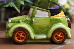 El coche verde Fotos de archivo libres de regalías