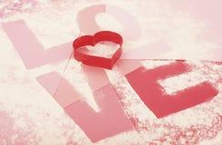 El cocinar claramente de amor el día de tarjetas del día de San Valentín Fotografía de archivo libre de regalías