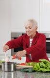 El cocinar de la abuela Foto de archivo libre de regalías