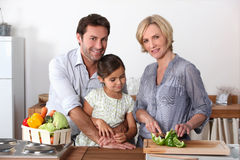 El cocinar de la familia Fotografía de archivo