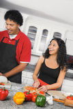 El cocinar de los pares Fotografía de archivo libre de regalías