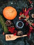 El cocinar de madera de la pala Fotos de archivo libres de regalías