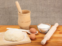 El cocinar del pan Imagen de archivo libre de regalías