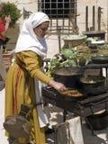 El cocinar medieval de la taberna Foto de archivo