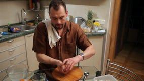 El cocinero sala un pescado metrajes