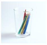 El color dibujó a lápiz los lápices del color en un vidrio Fotografía de archivo libre de regalías