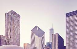 El color entonó la imagen del horizonte de Chicago en la puesta del sol, los E.E.U.U. Imágenes de archivo libres de regalías