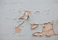 El color está pelando apagado la pared Imagen de archivo