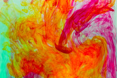 El color separado en el agua Foto de archivo libre de regalías