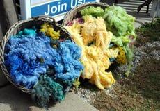 El color sin procesar tratado pare las lanas Foto de archivo libre de regalías