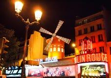 El colorete de Moulin en París, Francia Imagen de archivo libre de regalías